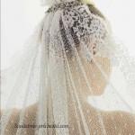 невеста с распущенной фатой