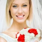 Свадебная прическа на короткие волосы для блондинки прямые волосы