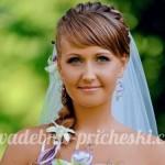 свадебная прическа у невесты с челкой