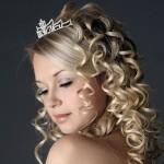 Распущенные волосы у невесты