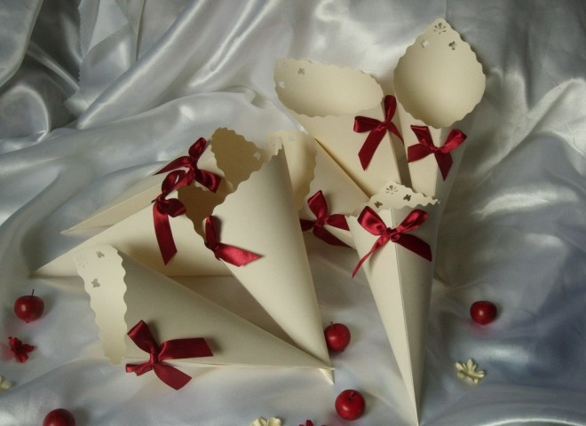 Бонбоньерки на свадьбу из бумаги