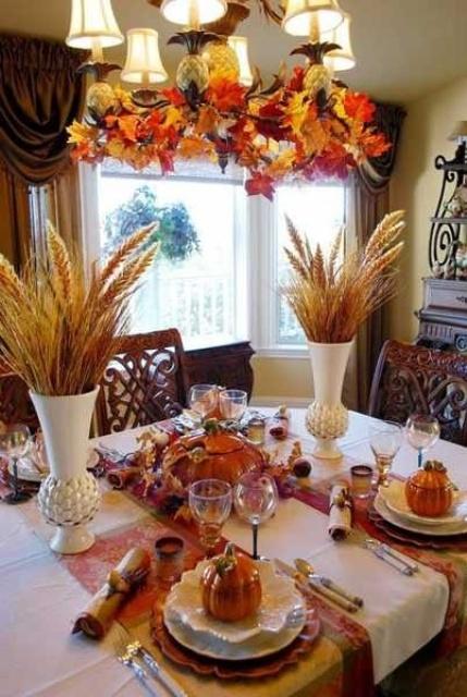 Свадебный стол, оформление своими рукамиСвадебный стол, оформление своими руками
