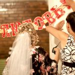 Украшение подъезда на свадьбу