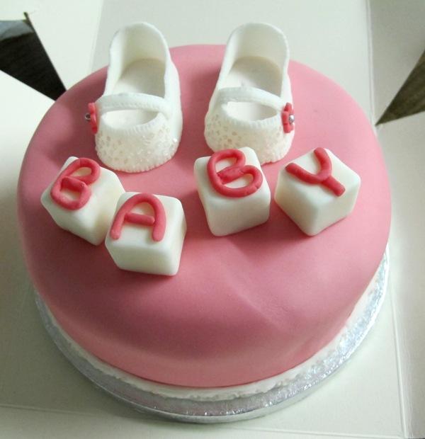 Торт с намеком на продолжение рода