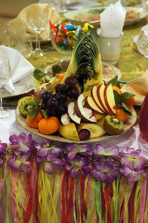 Праздничные блюда для гавайской вечеринки