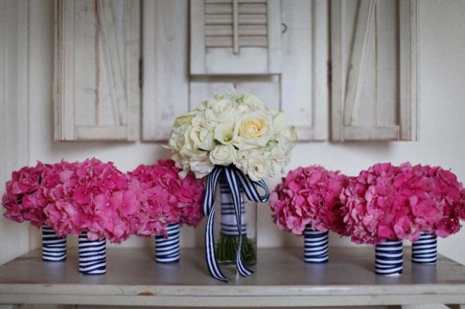 Заранеее позаботьтесь об оформлении свадьбы цветами