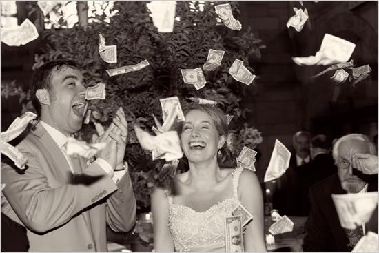 Свадебные традиции. Танец Денег
