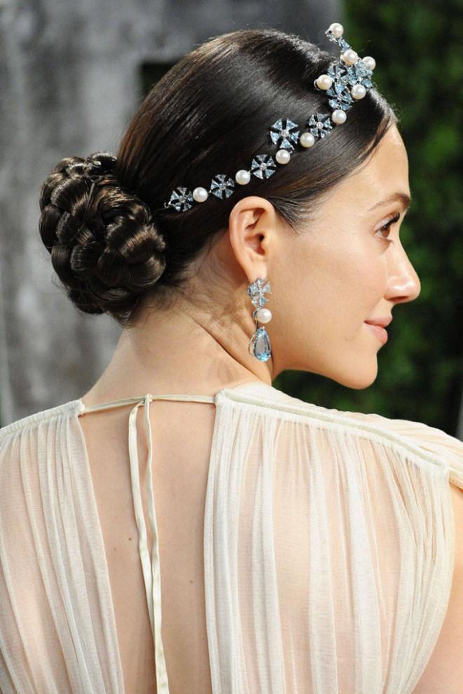 Свадебные прически для невесты на длинные волосы. Как выбрать?