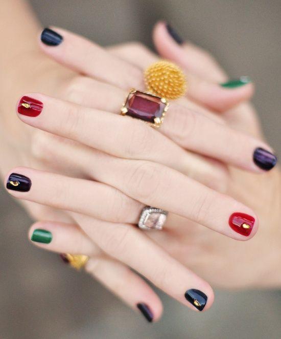 Модно накрасить ногти