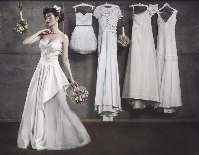 Какое платье выбрать - классическое или короткую модель?