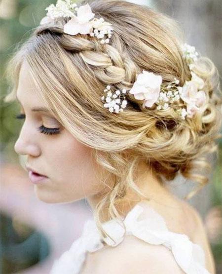 Прическа невесты - стиль и изысканность! Прически с живыми цветами.