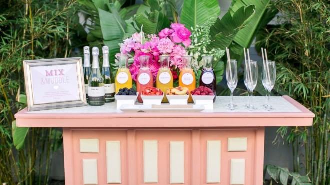Свадебный мини-бар с напитками