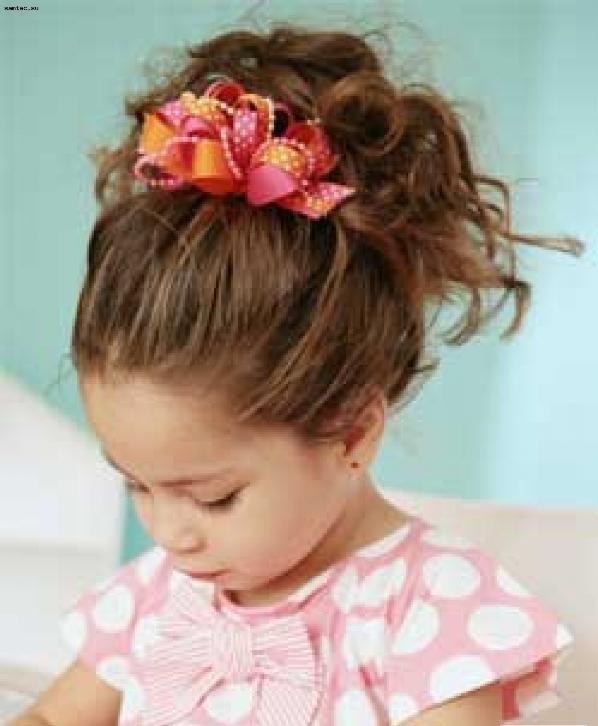 Кудрявые дети!br Кудрявые волосы - это большой плюс для мам. Как их не собери, будет выглядеть очень красиво