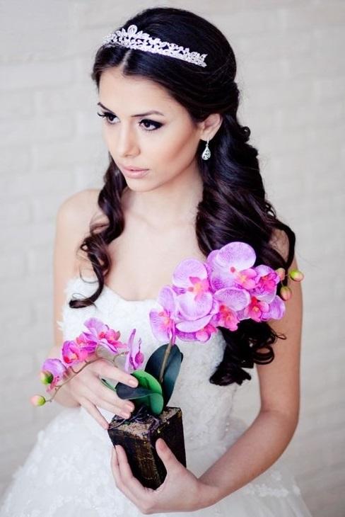 Прически на свадьбу своими руками. Как сделать красивую прическу быстро и красиво?