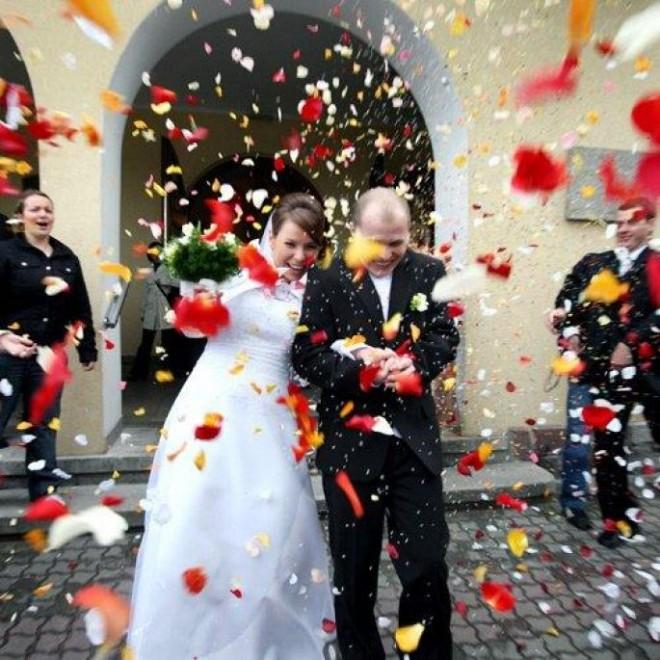 Подумайте, где бы вы хотели отпраздновать свою свадьбу