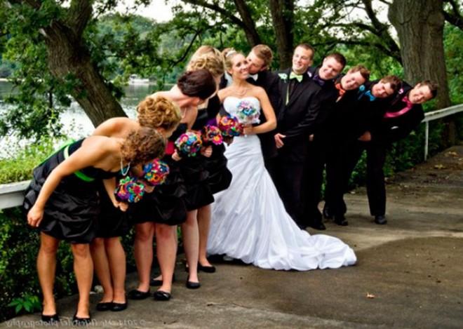 Друзья и родные с удовольствием разделят с вами радость дня свадьбы