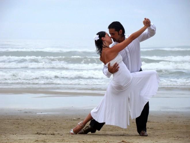 Позаботьтесь о красивой музыке на свадьбу