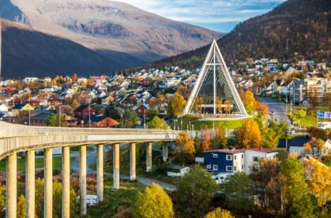 Норвегия необычно красивая и спокойная страна