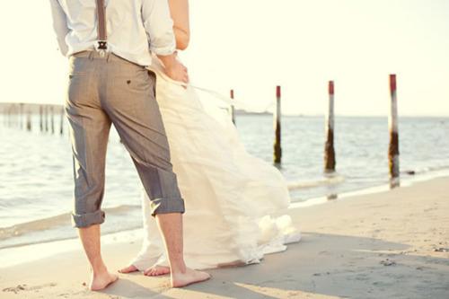 Свадьба на природе может пагубно сказаться на состоянии платья несесты