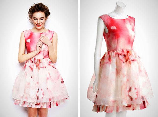 Пастельно-красное романтическое платье