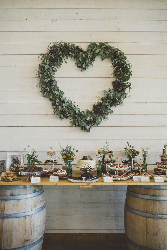 Украшения кенди бара для деревенской свадьбы