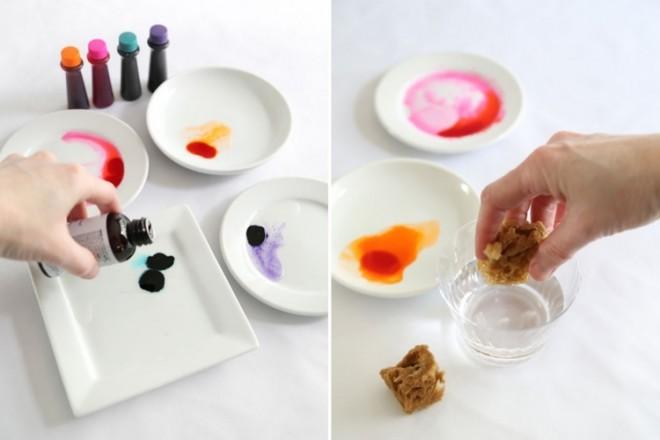 Нанесите краски на торт морской губкой