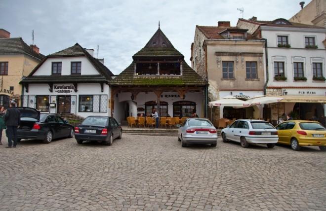 Уютный городок с мощеными улочками