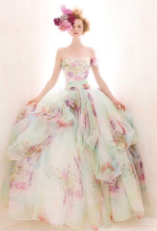 Акварельное платье невесты