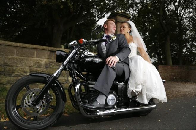 Оригинальный свадебный экипаж