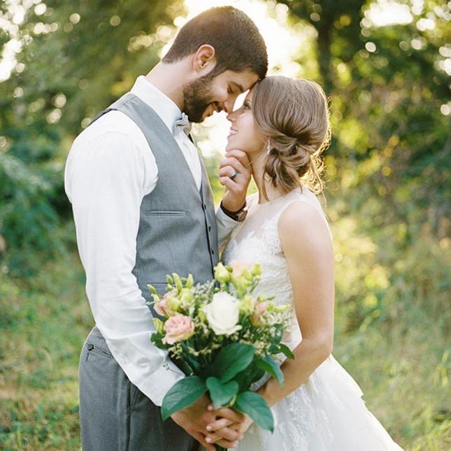 Асимметричная свадебная прически