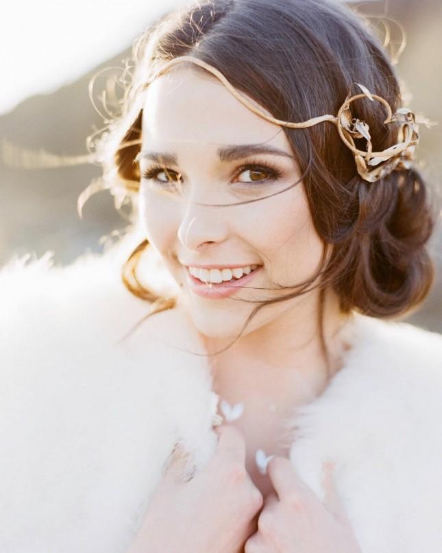 Свадебная прически для утонченной леди