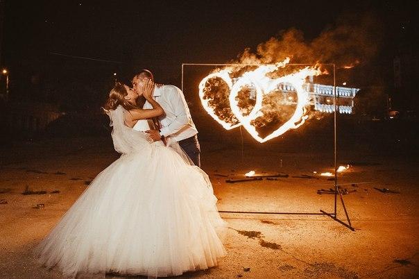 Файер-шоу на свадьбе