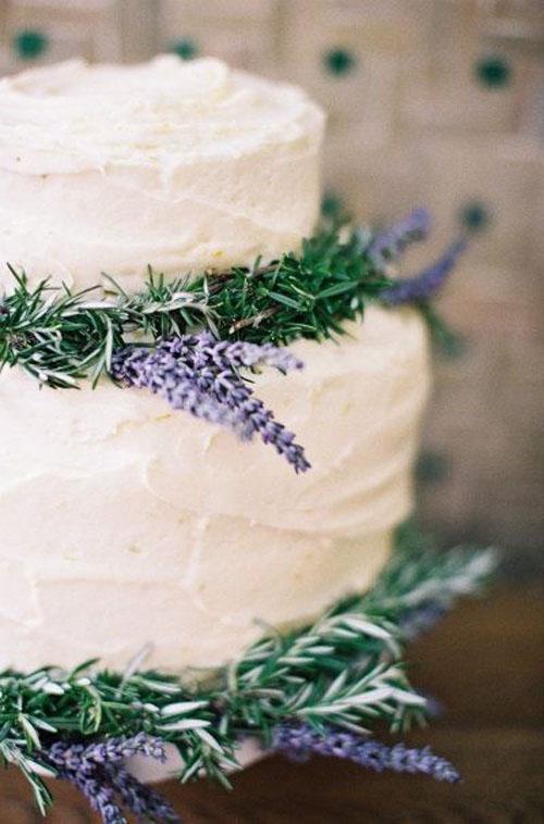 Торт с лавандовым декором