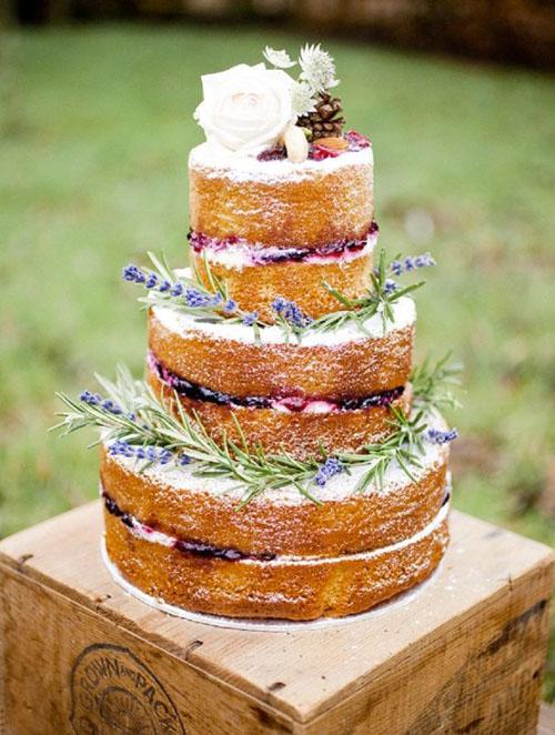 Голый торт с лавандой