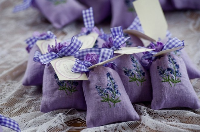 Мешочки с лавандой в качестве подарков