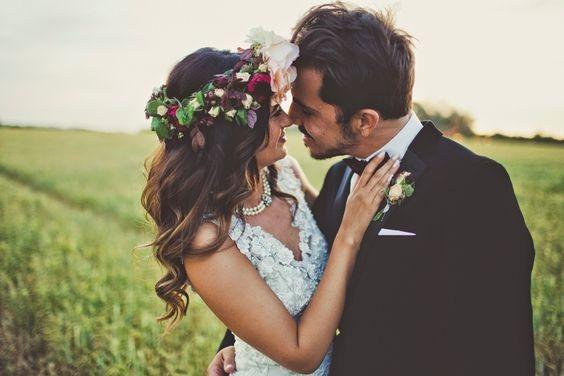 Венок для невесты из живых полевых цветов