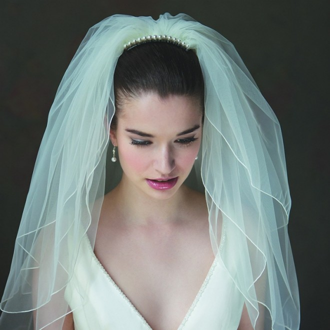 Свадебная фата голубого оттенка