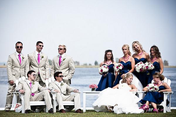 Гармоничное сочетание цветов в свадебных нарядах