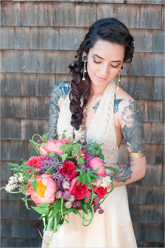 Яркий летний свадебный букет