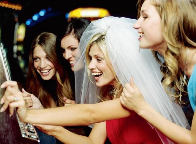 Веселый девичник - источник положительных эмоций