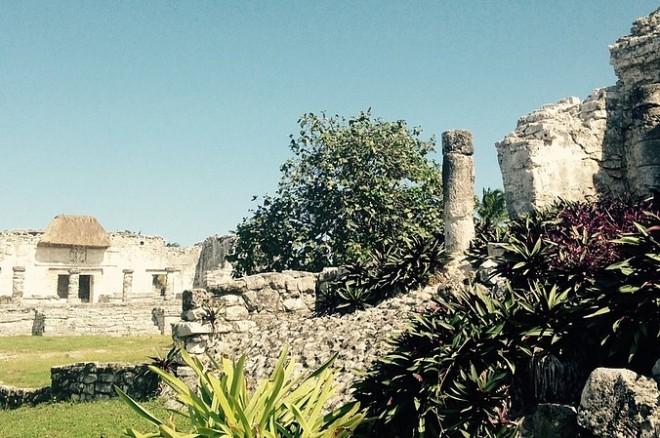 Развалины древних городов