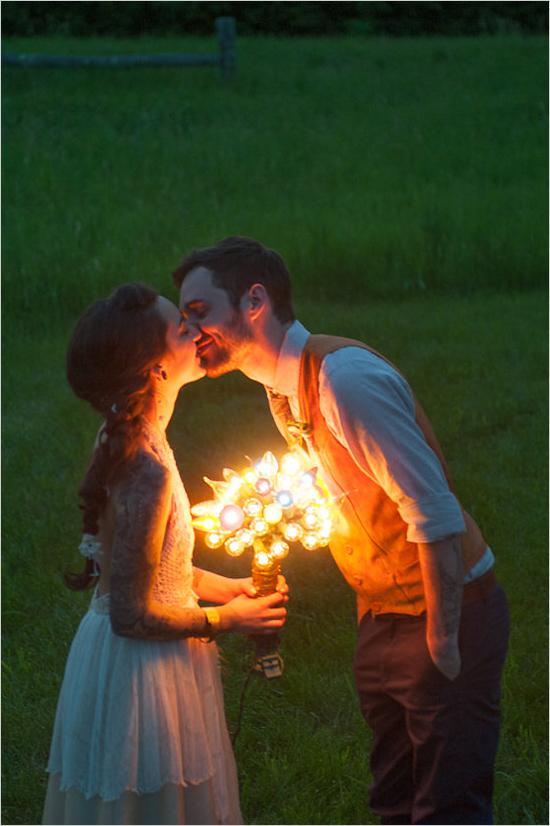 Самое прекрасное в медовом месяце - возможность побыть с любимым человеком наедине