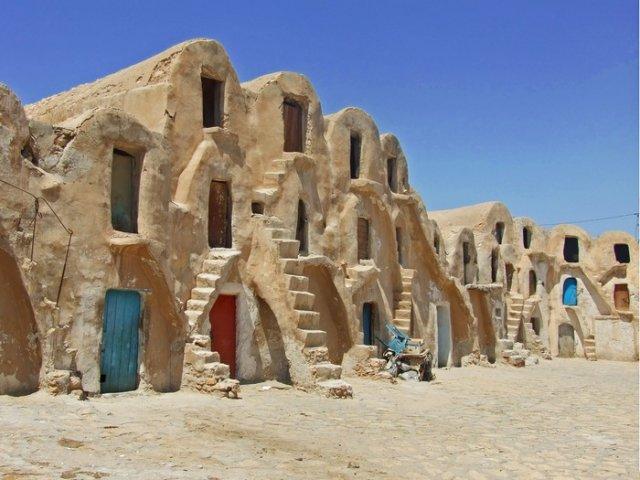 Необычные дома в Тунисе